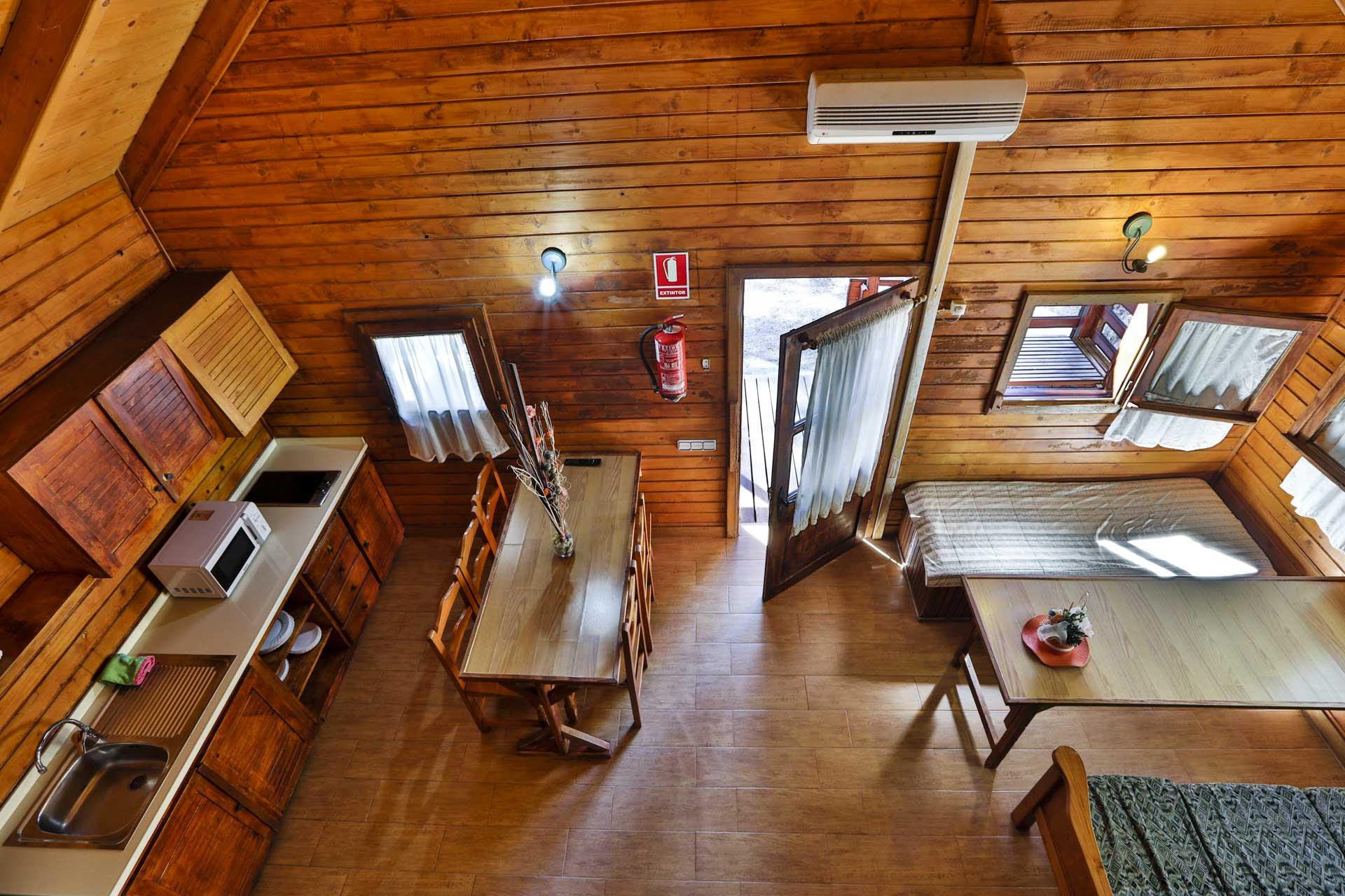 Caba as en cazorla hotel apartamentos y caba as de madera en cazorla complejo turistico los - Fotos en madera ...