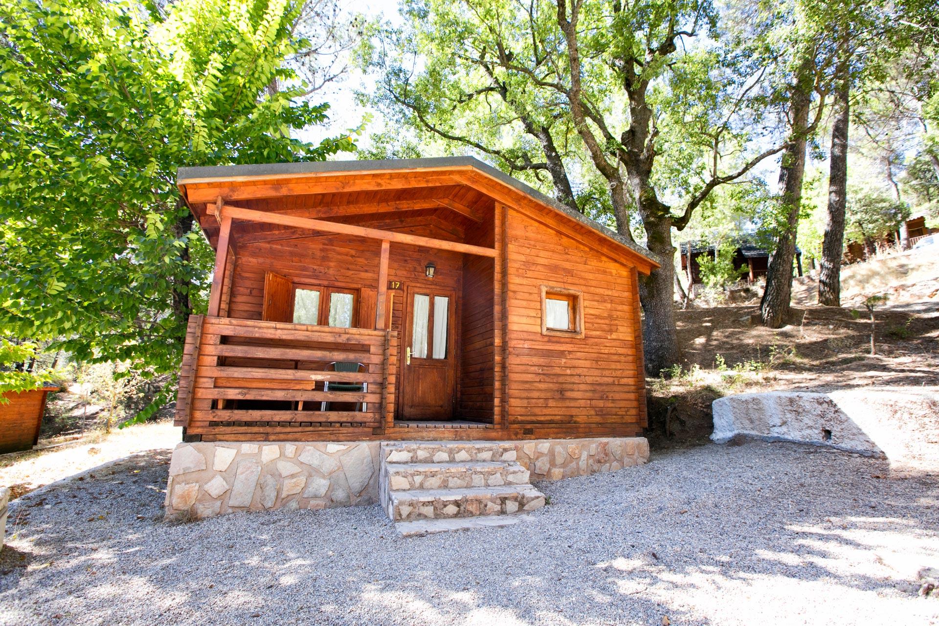 Caba as en cazorla hotel apartamentos y caba as de madera en cazorla complejo turistico los - Cabanas de madera los pinos ...