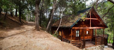 Caba as de madera hotel apartamentos y caba as de for Oferta cabanas de madera